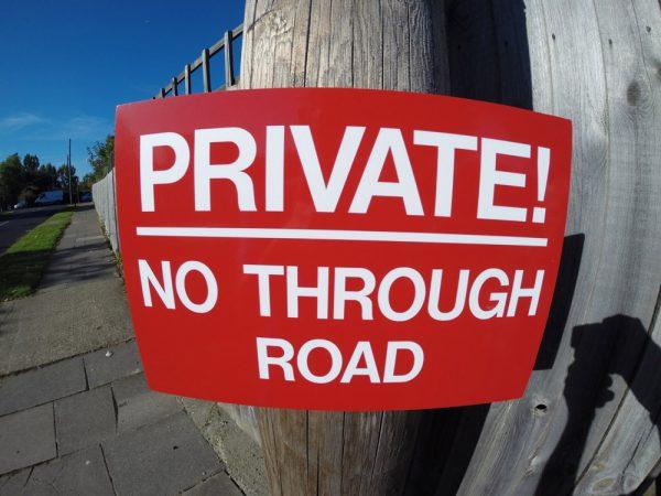 NO THROUGH ROAD, Sign